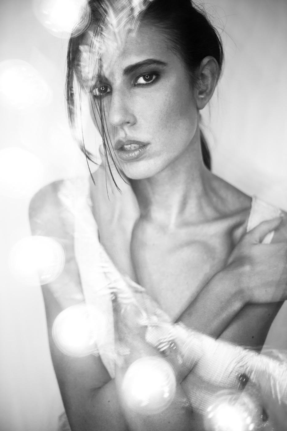 Alexandra Ciucka  (ICAN Model Management) - Hair & Make up by Farina - eyeschnee