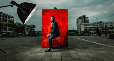 Ivan Robert Sertic, Schauspieler, Regisseur | Geschäftsbericht der Dortmunder Startwerke AG - DSW21, 2016 - Konzept: Thomas Steffen, Christian Bohnenkamp